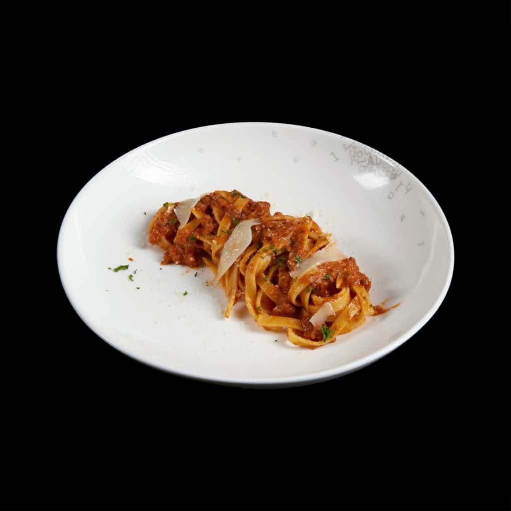 P01 - Mỳ Tagliatelle với sốt bò bằm (Copy)